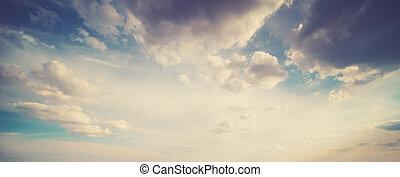 lever soleil coloré, ciel