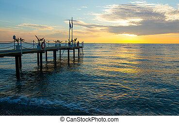 levers de soleil, jetée, kemer, mer