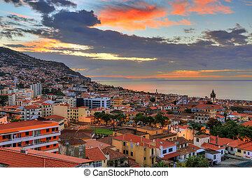 levers de soleil, sur, nuages, funchal, portugal