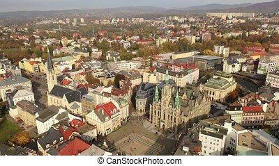liberec, ville, tchèque, bâtiment, aérien, ville, automne, ...