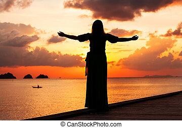 libertà, donna, concetto, tramonto