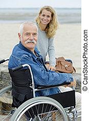 liberté, fauteuil roulant