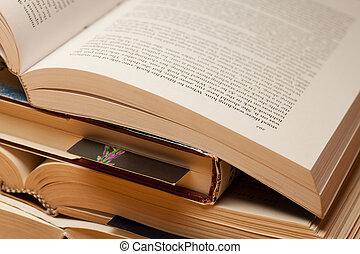 libri, aperto, pila