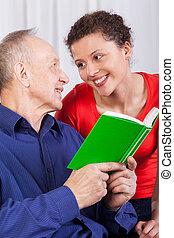 libro, lectura, nieta, aduelo