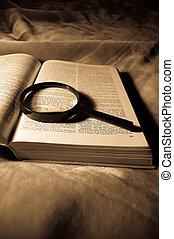 libro, loupe