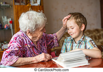 libro, nonna, mostra