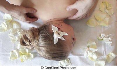 lichaam, vrouw, hebben, back., spa, care., salon., masseren