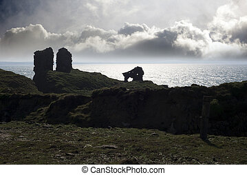 lick castle silhouette in county kerry