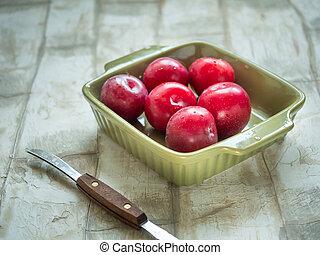 lie, quadrat, reif, platte, licht, keramisch, tief, form, olive, tisch, pflaumen, rotes