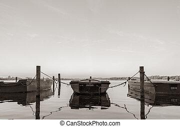 lie, rowboats, einige, herbst, nord, see, morgen,...