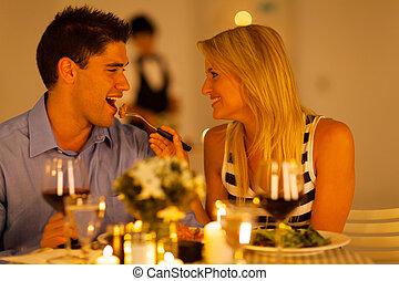 liebenden, haben, romantisches abendessen