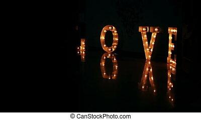 liefde, mensen, glanzend, voorbijgaand, vloer, licht, woorden
