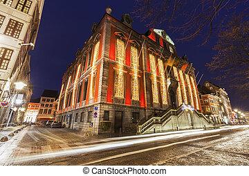 Liege city hall at night