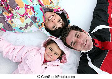 liegende , schnee, familie