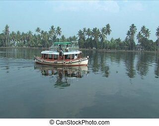 Alleppey waterway - Life along the backwaters of Alleppey...