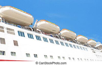 life boats on cruise ship