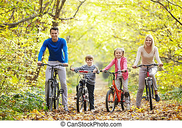 Lifestyle - Families with children on bicycles
