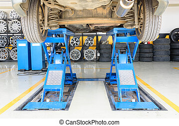 Lift the car for Suspension Check for maintenance