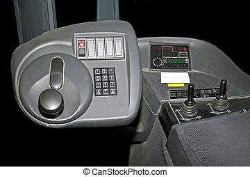 Lifter cockpit