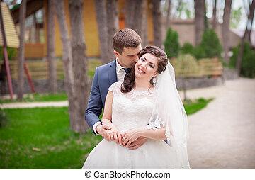 liget, esküvő