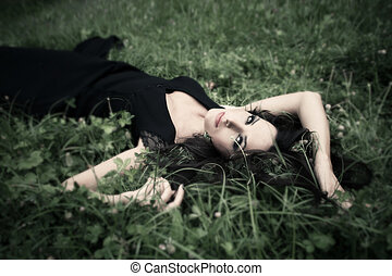 liggen in, gras