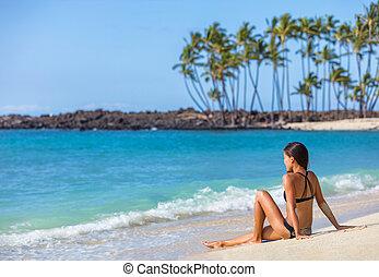 liggende, sol, sand, hawaii, garvning, pige, bikini