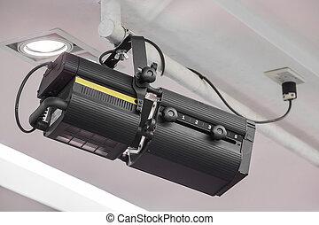 Light beam projector