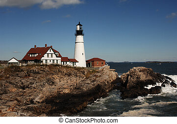 lighthouse in daytime