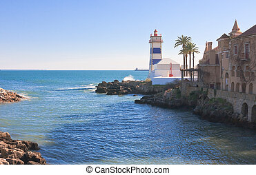 Lighthouse in the port city of Cascais. Portugall