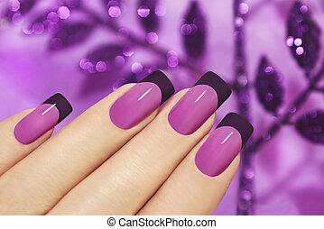lilas, manicure.