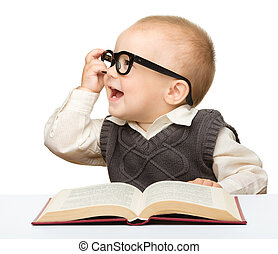 lille barn, leg, bog, og, glas
