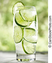 lime drink with ice