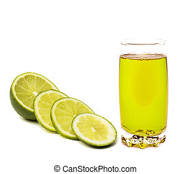 Lime juice in glass with lime slices