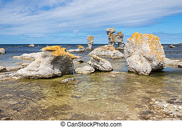 Limestone formations in the Baltic Sea - Limestone ...