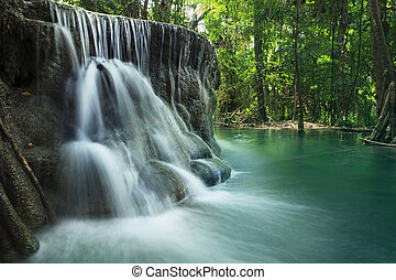 limette, stein, wasserfallen, in, arawan, wasserfallen, nationalpark, kanchan
