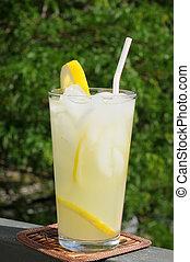limonádé, erkély