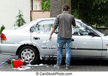 limpando carro