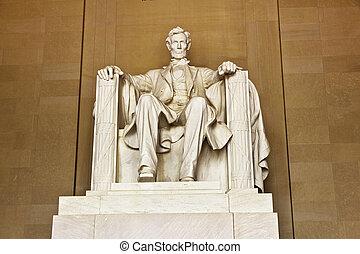 Lincoln Memorial in Washington - Statue of Abraham Lincoln...