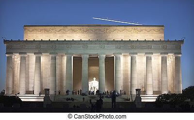 lincoln, noite, sobre, c.c. washington, memorial, estátua, avião