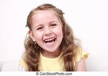 lindo, el pequeño reír de la muchacha