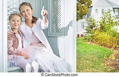 lindo, jardín, dos, otoño, hermanas, el gozar