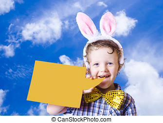 lindo, niño, anunciar, pascua feliz, mensaje