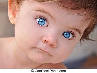 lindo, poco, bebé azul, ojos, primer plano, retrato