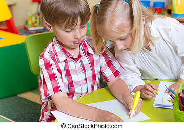 lindo, poco, niños, dos, dibujo, preescolar