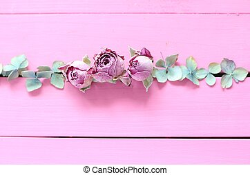 Line of shabby chic flowers - Dried pink rose buds and pale...