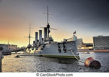 Linear cruiser Aurora, the symbol of the October revolution...