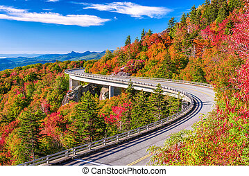 Linn Cove Viaduct, Grandfather Mountain, North Carolina,...