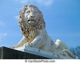 lion sculpture