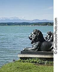 Lions at lake Starnberg