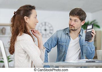 lire, factures, maison, sérieux, diriger, couple, documents...
